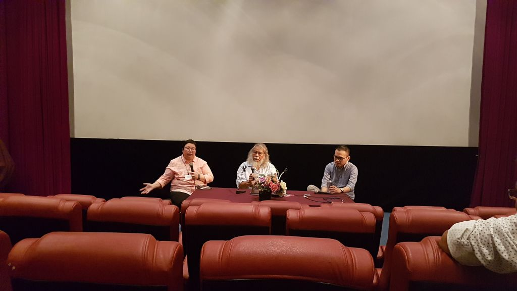From L-R: Chalida Uabumrungjit, Deputy Director of the Film Archive, Dom Sukvong, Director of the Film Archive, and Benedict 'Bono' Salazar Olgado, guest workshop lecturer.